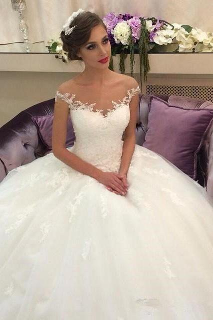Exquisite Tulle Off-the-shoulder Neckline Ball Gown Wedding Dresses With Appliques WD101