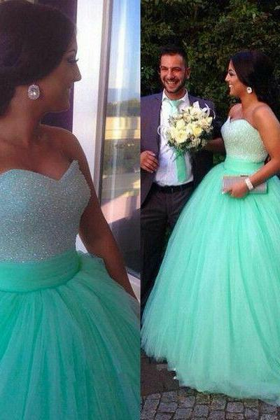 Ball gown sweetheart neck prom dresses mint tulle skirt beaded bodice prom gowns